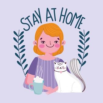 Blijf thuis, jonge man met koffiekopje en kattenquarantaine covid 19