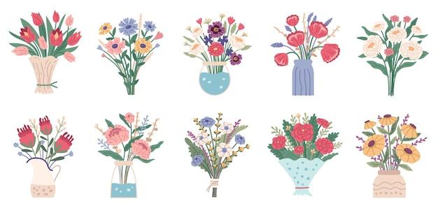 Bloemboeket set heldere lente bloeiende bloemen in vazen