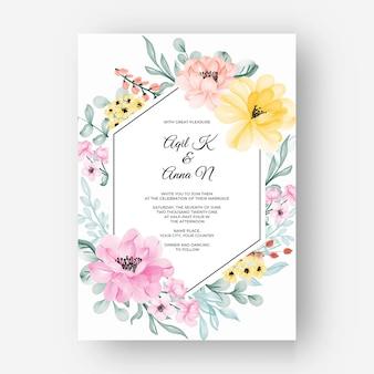 Bloemkader met kleur pastelroze geel voor huwelijksuitnodiging