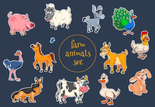 Boerderijdieren tekens grote reeks cartoon landelijke dieren. paard, varken, eend, kip, haas, struisvogel, koe, geit, pauw, ezel, schaap, hond. kinder illustratie. voor decoratie en design.