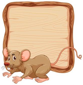 Bordsjabloon met schattige bruine muis op witte achtergrond