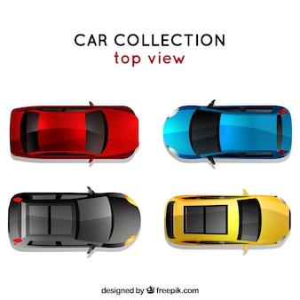 Bovenaanzicht van vier auto's
