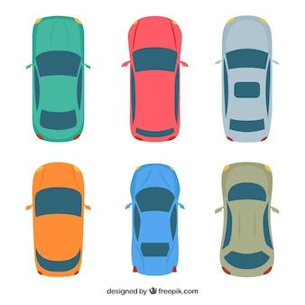 Bovenaanzicht van zes auto's