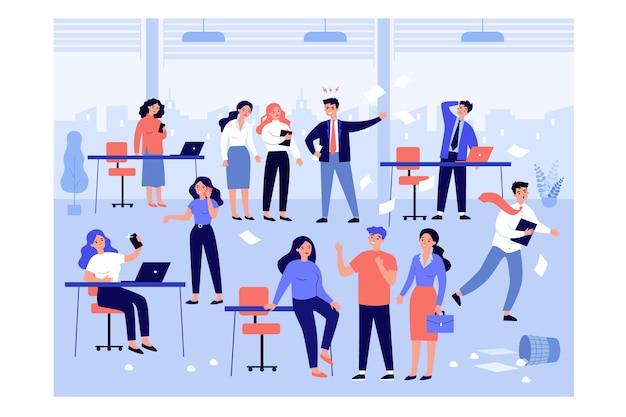 Boze baas die tegen luie, ongeorganiseerde werknemers schreeuwt over rommel en wanorde op het werk.