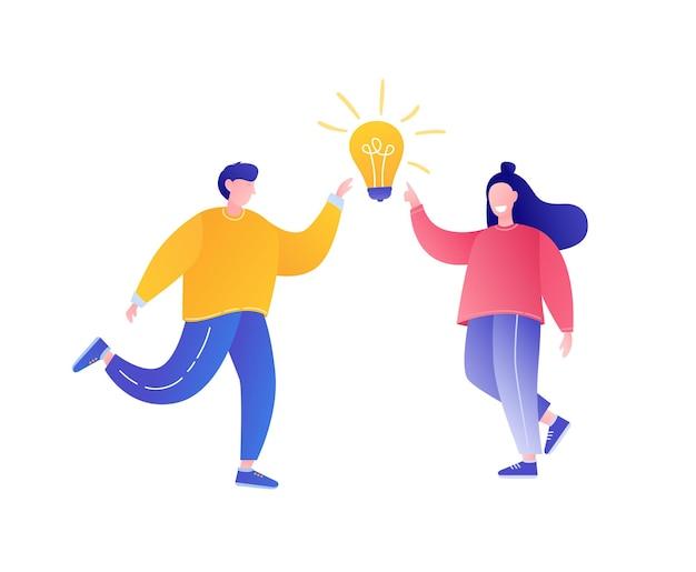 Brainstormconcept man en vrouw met gloeilamp idee