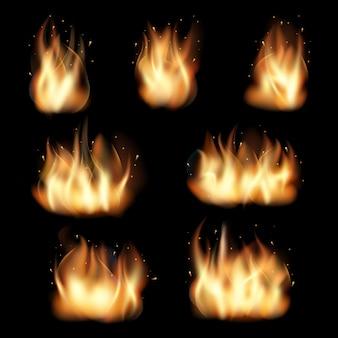 Brand vlammen ingesteld op zwarte achtergrond. verbrand warmte, vlammen en wildvuur, energie vectorillustratie