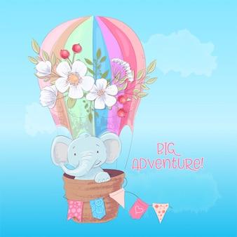 Briefkaartaffiche van een leuke olifant in een ballon met bloemen in beeldverhaalstijl.