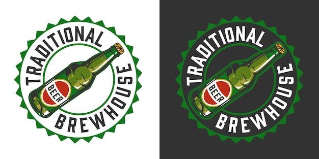 Brouwerij kleurrijke vintage badge met inscriptie bierfles en dopvorm