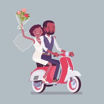 Bruid, bruidegom rijden scooter op huwelijksceremonie