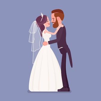 Bruid en bruidegom in zachte knuffel op huwelijksceremonie