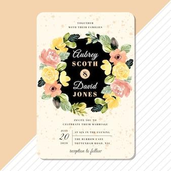 Bruiloft uitnodiging kaartsjabloon met gele blozen bloemen krans aquarel
