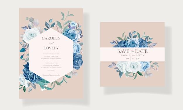 Bruiloft uitnodiging sjabloon met mooi blauw bloemenboeket en randdecoratie