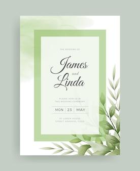 Bruiloft uitnodigingskaart met aquarel bladeren ontwerp