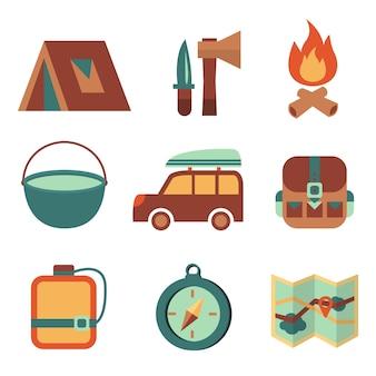 Buitenlands toerisme camping platte pictogrammen set van kampvuur tent rugzak tools en kaart geïsoleerde vector illustratie