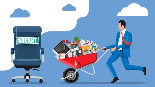Bureaustoel, teken vacature. werknemer met kruiwagen met kantoorartikelen. werving en werving. human resources management, zoeken naar professioneel personeel, werk, cv. platte vectorillustratie