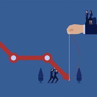 Business team probeert grafiek metafoor van verlies naar boven te halen.