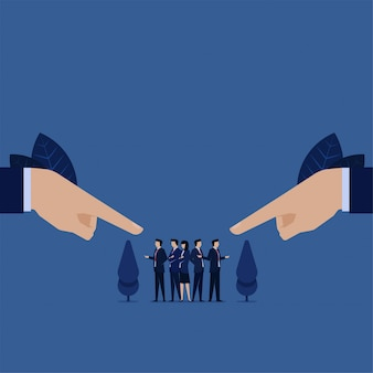 Business wees door tweehandig team argument zelfverdediging tegen schuld voor fout.