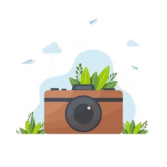 Camera vectorillustratie, retro hipster fotocamera, vector retro hipster fotocamera geïsoleerd op een witte achtergrond. vintage illustratie voor ontwerp, print voor t-shirt, poster, kaart.