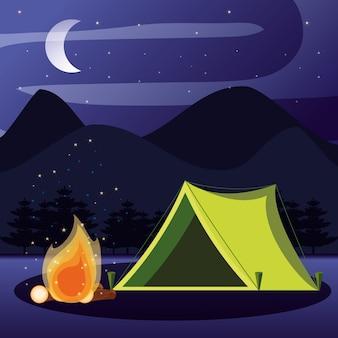 Campingzone met tent en nachtlandschap