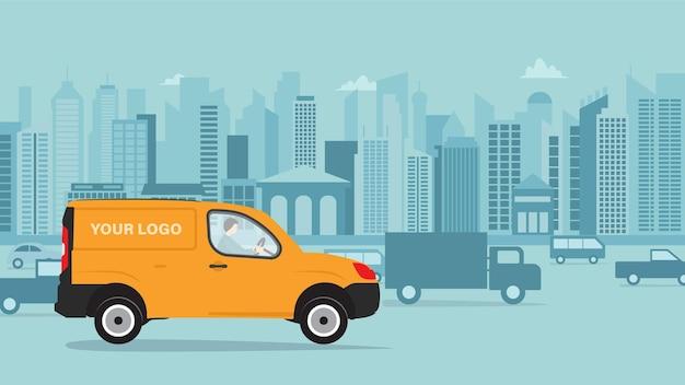 Cartoon bestelwagen met man koerier. gele vrachtwagenlevering tegen de achtergrond van de stad. koerier zit in de auto van het busje. vracht auto. vlakke stijl, zijaanzicht.