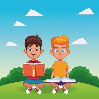 Cartoon gelukkige jongens zitten met boeken