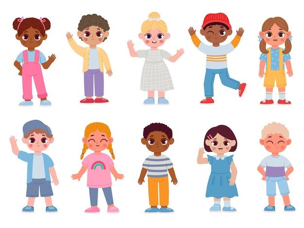 Cartoon gelukkige multiculturele kinderen hallo zwaaien en glimlachen. kleuterkind karakters met begroeting gebaar. jongens en meisjes vector set