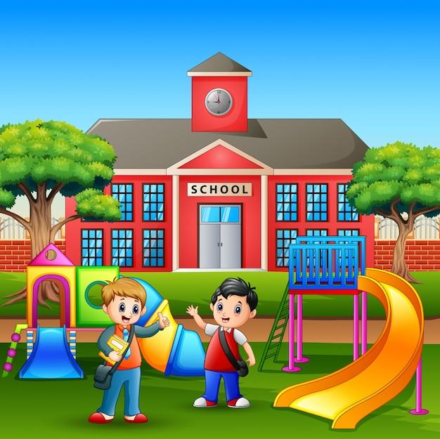 Cartoon jongens spelen in de speeltuin na school