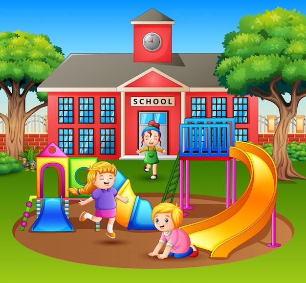 Cartoon kinderen plezier in de speeltuin