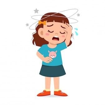 Cartoon klein kind meisje krijgt slechte hoofdpijn
