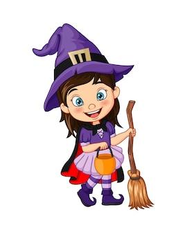 Cartoon klein meisje dat halloween heksenkostuum draagt