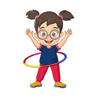 Cartoon klein meisje hoelahoep spelen