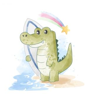 Cartoon krokodil met surfplank op het strand