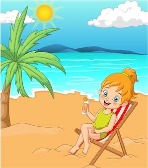 Cartoon meisje in zwembroek zonnebaden op het strand