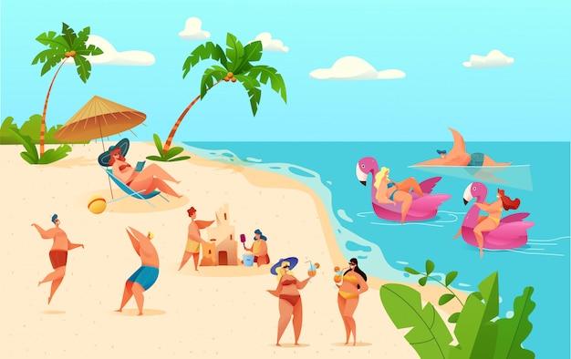 Cartoon mensen plezier op zomer strand op vakantie op zee achtergrond. jonge man, vrouw in de lounge, volleyballen, zandkasteel bouwen, vector roze eenhoorn flamingo opblaasbare ring.