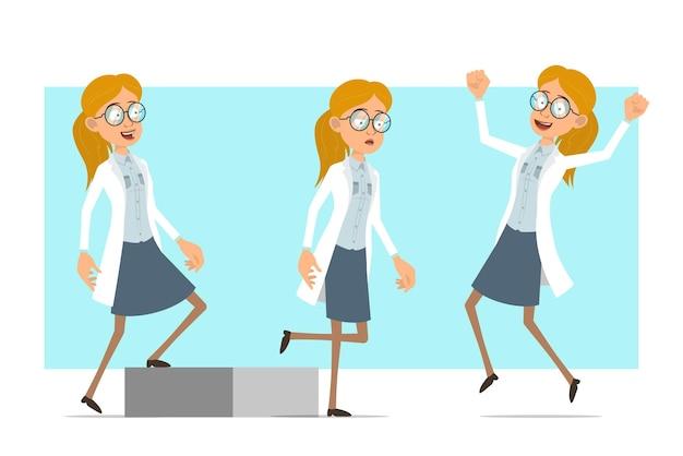 Cartoon plat grappige blonde dokter vrouw karakter in wit uniform en glazen. succesvol moe meisje springen, lopen naar haar doel.