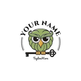 Cartoon uil met sleutel logo sjabloon