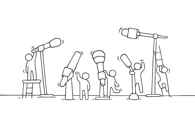 Cartoon werkende kleine mensen met microfoons illustratie