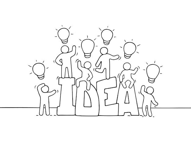 Cartoon werkende kleine mensen met woordidee en lampideeën. doodle schattige miniatuurscène van arbeiders over creativiteit. hand getrokken illustratie voor zakelijk ontwerp.