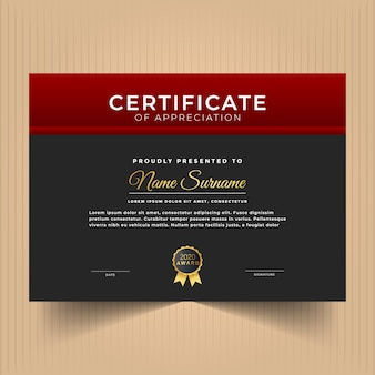 Certificaat ontwerpsjabloon met rode kleuren