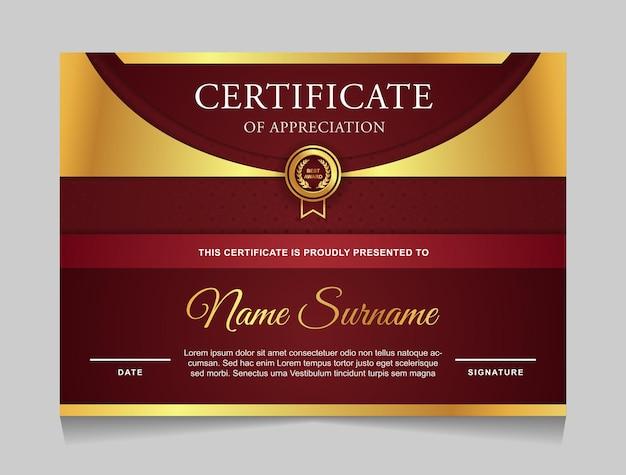 Certificaatsjabloonontwerp met moderne vormen in luxe gouden en rode kleuren