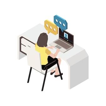 Chatten met mensen isometrische compositie met vrouw die aan tafel zit te chatten op laptop