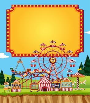 Circusscène met tekensjabloon in de hemel
