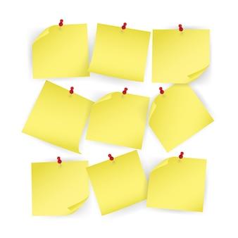 Collectie gele sticker vastgezette drukknop met gekrulde hoek