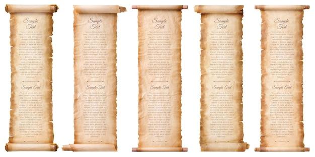 Collectie set oude perkamentpapier scroll blad vintage leeftijd of textuur geïsoleerd op een witte achtergrond.