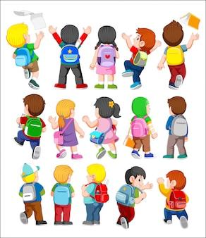 Collectie van achteraanzicht illustratie van kinderen die rugzakken dragen