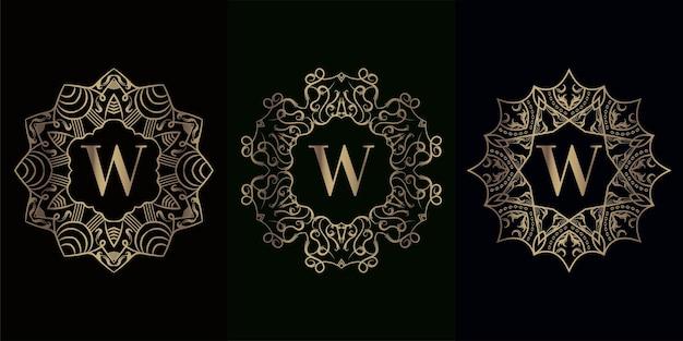 Collectie van logo initiaal w met luxe mandala ornament frame