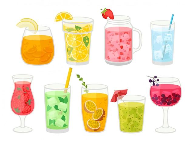 Collectie van verse cocktails op witte achtergrond.