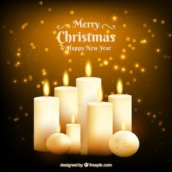 Comfortabele kerstmisachtergrond met realistische aangestoken kaarsen