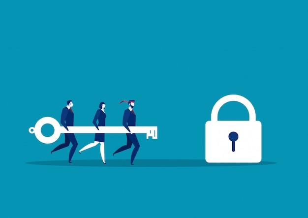 Commercieel team dat grote sleutel houdt om slot te ontgrendelen. succes concept vectorillustratie