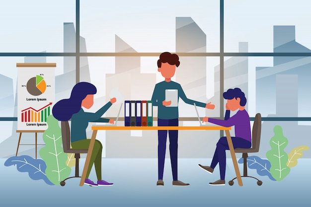 Commercieel team dat samen en bespreking werkt.